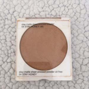 04 Stay Honey Clinique Stay Matte Pressed Powder